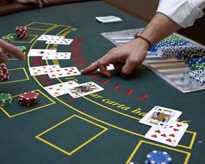 Seven-card Joker Poker Tactic