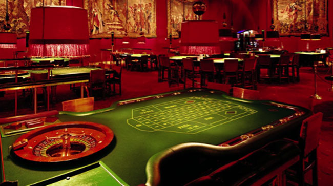 gaming-tables-casino-castell-peralada.jpg