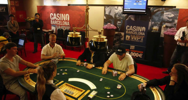 Poker casinos near me daytona usa 2 arcade game