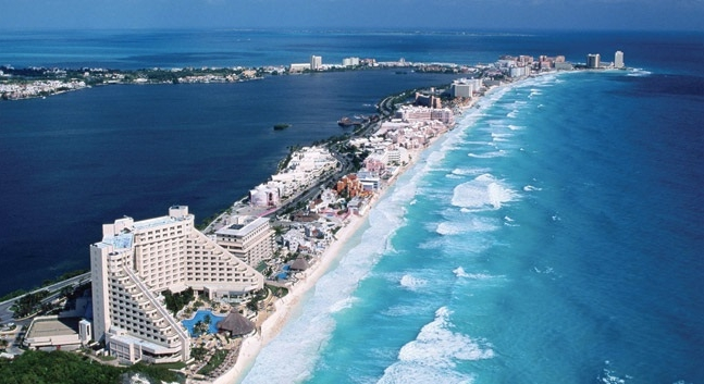 casino cancun beach.jpg