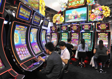 Slot-machines-casino-japan.jpg