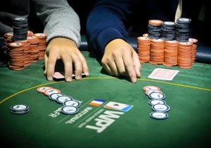 Casino poker france poker calling ranges