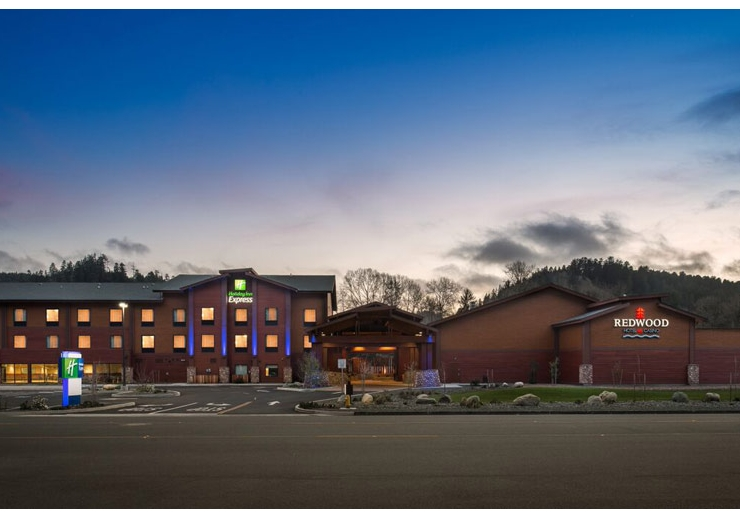 Redwood Hotel & Casino Klamath