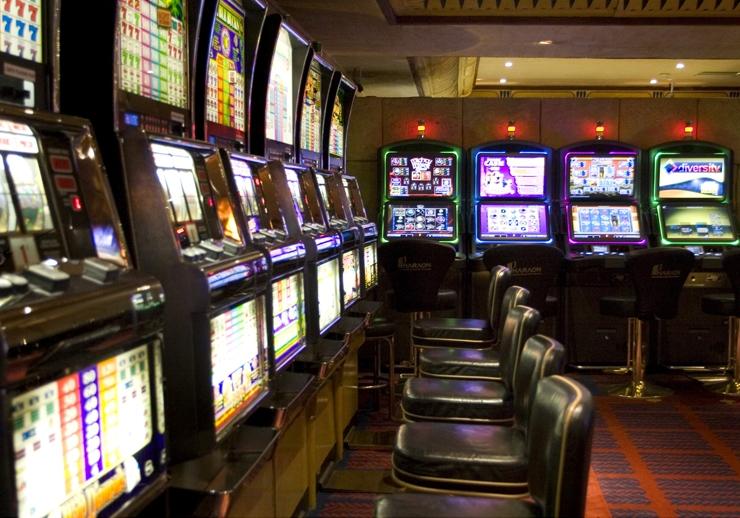 Играть без регистрации бесплатно игровых автоматов казино