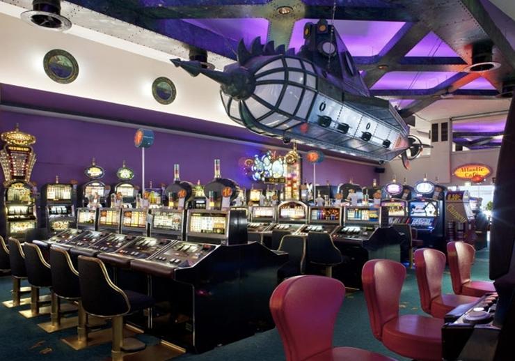 Casino barriere royan restaurant auto muck poker definition