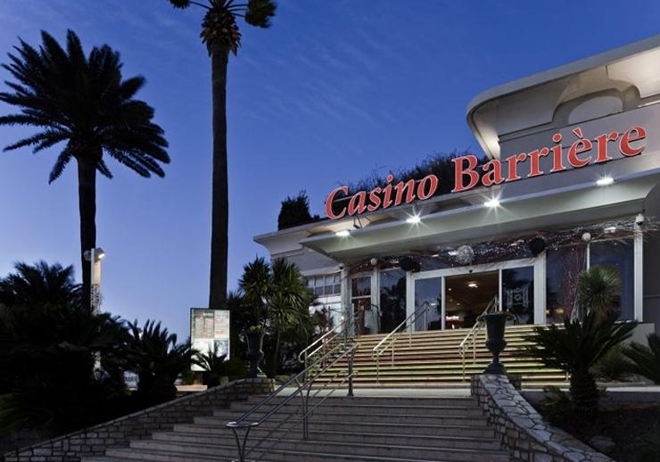 Gambling hall definition