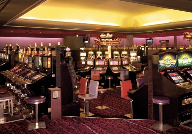 Casino barriere cassis luxor hotel and casino las vegas address