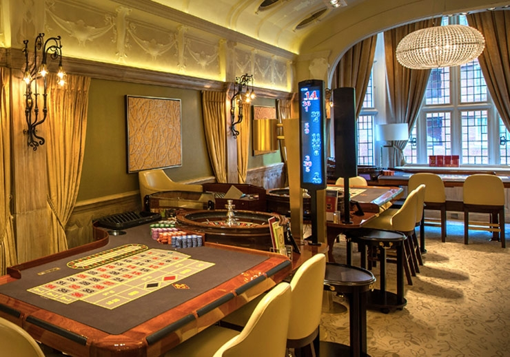 Maxim's Club Casino London