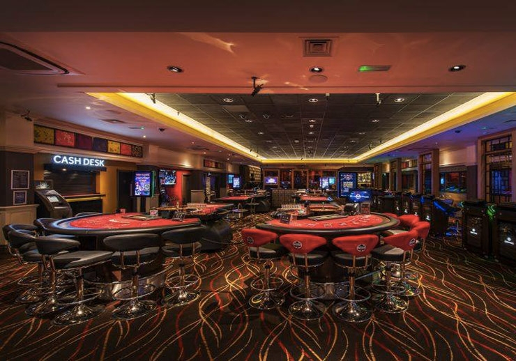 Chicago poker store