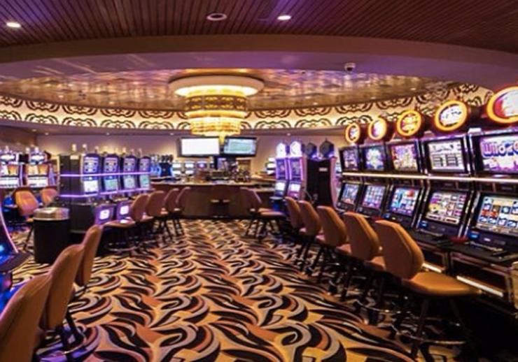 when a vegas casino sloan iowa