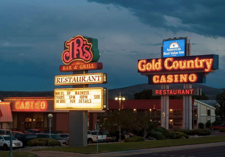 Elko Gold Country Inn Casino & Hotel