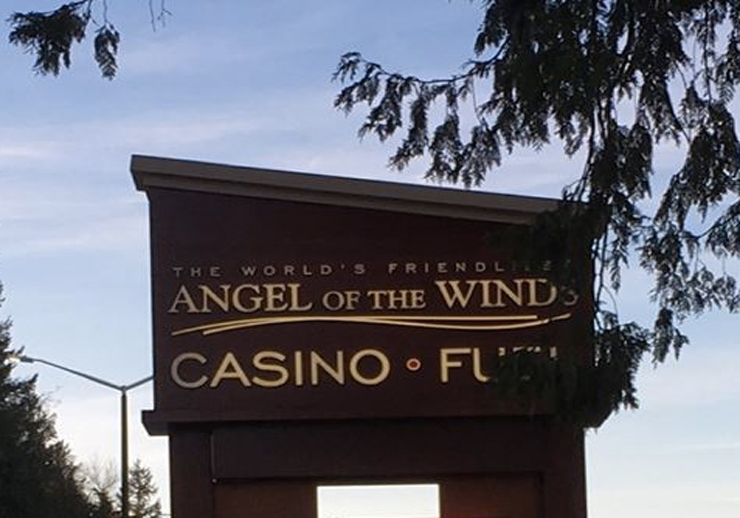 Arlington Angel of the Winds Casino & Hotel