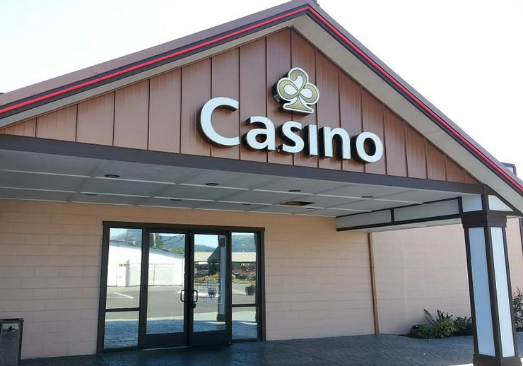 Woodland Lucky 21 Casino