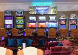 cryptomoney казино