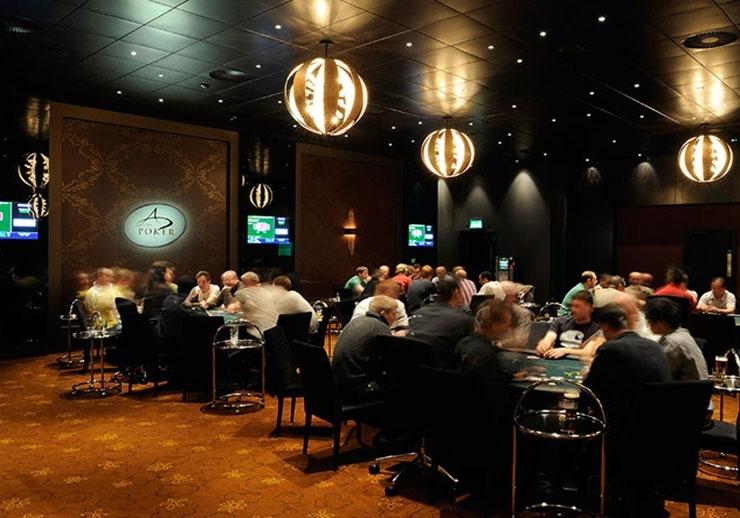 Westfield casino poker