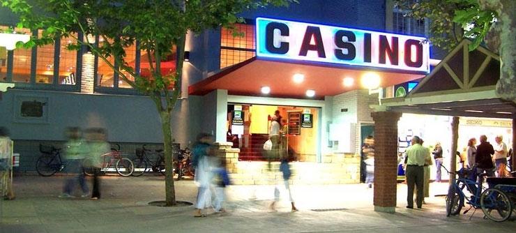 Miramar casino casino rayal movie