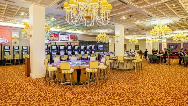 Royal International Casino & Hotel Halong