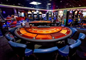 casino gruissan poker cash game