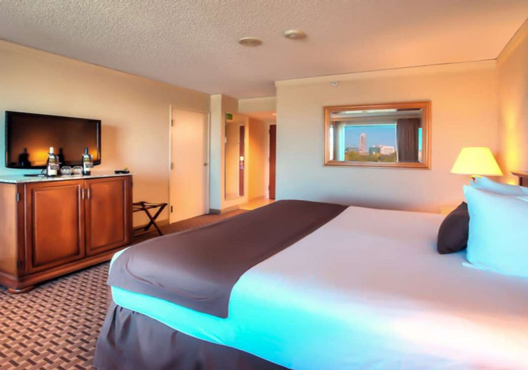 Deluxe room - Council Bluffs Harrah's Casino & Hotel