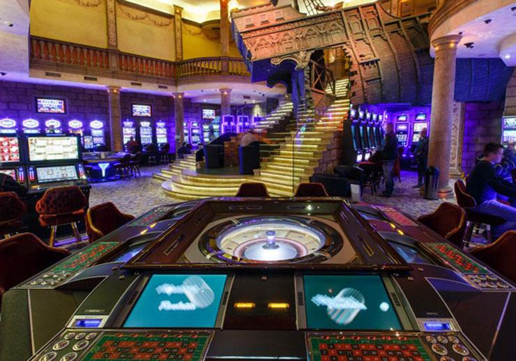 best casino to play texas holdem in las vegas