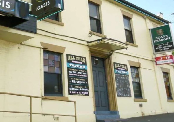 All Year Round Tavern Casino Launceston
