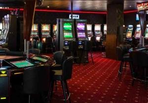 фильм казино рояль смотреть онлайн в хорошем
