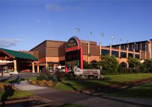 Oregon casinos near bend casino coin purse